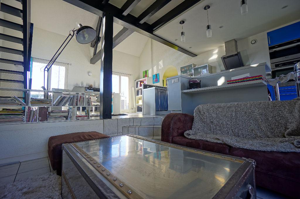 A vendre villa montlucon 140 m 180 000 for Piscine montlucon